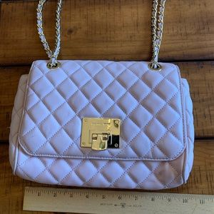 Light pink quilted Michael Kors purse
